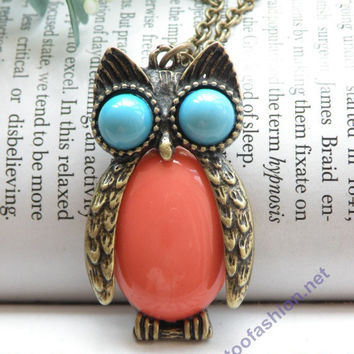 Pretty retro copper owl with blue eyes and pink abdomen necklace pendant vintage style