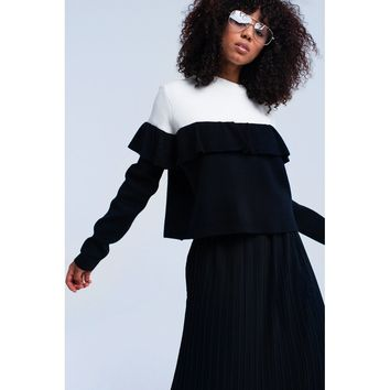 Black double color sweater with ruffles