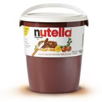 Nutella Hazelnut Spread Tub, 105 Ounce