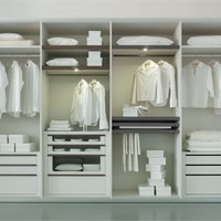 Sectional custom walk-in wardrobe SYSTEM 360° System 360° Collection by Olivieri
