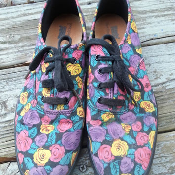 Vintage 80s 90s Purple Floral Print Keds Canvas Lace Up Tennis Shoes Size 9M
