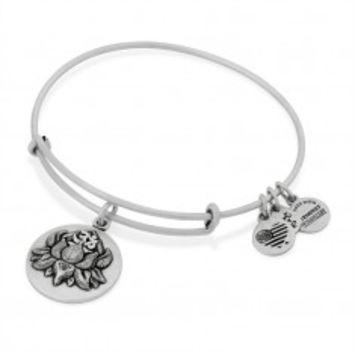 Search results for: 'Lotus Peace Petals Charm Bangle'