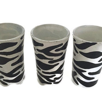 Zebra Print Shot Glass, Zebra Shot Glasses, Hand Painted Shot Glasses, Custom Shot Glass, Aminal Print Shot Glass, Custom Shot Glass Gifts