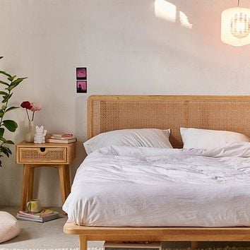 Marte Platform Bed   Urban Outfitters