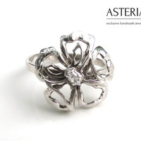 Silver flower ring - Sterling silver ring -Flower ring -Butterfly ring - Unique ring - Modern ring