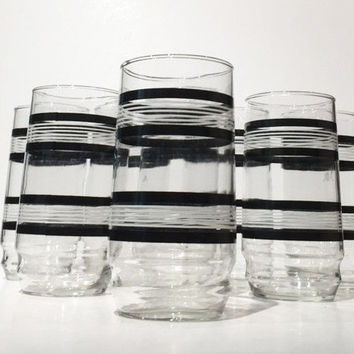 Black and White Striped Tumblers, Black and White Stripe Mod Glassware Set of 8, Black & White Mid Century Stripe HighBall Glasses Tumblers