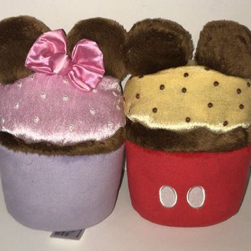 Disney Parks Cute Couple Mickey Minnie Cupcake 7in Plush New with Tags