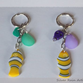 Metal keychains - Meta keyrings - summer keychains - purple keyring - green keyring - keyrings - set of 2 keyrings