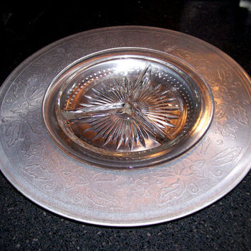 Aluminum Lazy Susan with Glass Divided Condiment Dish, Vintage Turntable Serving Tray, Floral Embossed Aluminum Party Tray