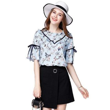 LMFONHS Hot womens summer blouse floral print shirts plus size loose chiffon shirt blusas butterfly sleeve women tops  ZB1412