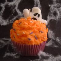 Pumpkin Buttercream Scented Soy Wax Cupcake Candle | Luulla