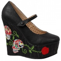 """WOMEN'S """"CALAVERA"""" CLOSED TOE WEDGE BY BETTIE PAGE™ SHOES (BLACK)"""
