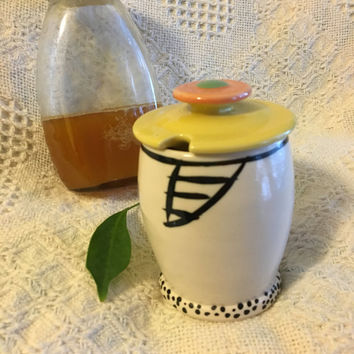 Ceramic Honey Pot or Jam Jar Vintage MAD Covered Condiment Container Bowl Black White Yellow Orange Green Modern Style Kitchen Storage Decor