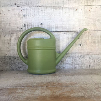 Watering Can Mid Century Watering Can Vintage Green Plastic Watering Can Vintage Water Pitcher Flower Pot Garden Decor Cottage Chic