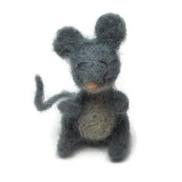Small Needlefelted Grey Mouse - Needle Felt Animal - Miniature Grey and White Mouse Wool Needlefelt Woodland Creature Soft Sculpture