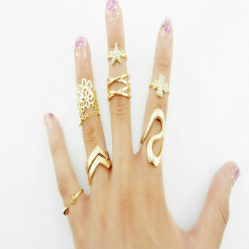 7pcs lot Shiny Punk Style Gold plated Stack Band Stars Clovers Cross Female Mid Finger Knuckle Ring Sets for Women Jewelry