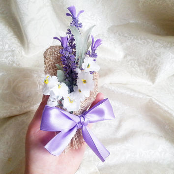 Violet  Lavender white Matthiola flowers burlap Boutonniere Groom and groomsmen boutonniere, Wedding Flowers custom corsage