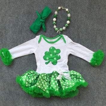 Preorder- polka dot tutu with clover
