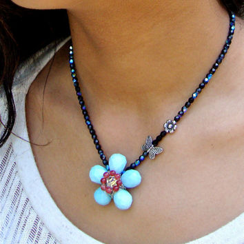 Woven beaded glass flower pendant necklace and earring set - beaded jewelry - wire work