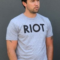 Riot Rob MacElhenney Heather Gray Adult T-shirt  - It's Always Sunny In Philadelphia - | TV Store Online