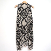 Sleeveless Aztec Waterfall Shawl