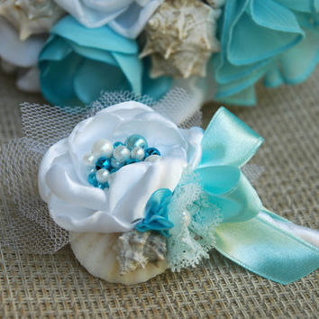 Beach wedding boutonniere in aqua and white, sea shell groom boutonniere, lapel stick pin, best man brooch, elegant lapel pin