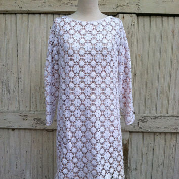 1960s Floral Crochet Dress / Ann Hobbs Cattiva / Floral Mod Sheath Dress