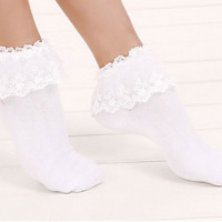 Dolly Lace Ankle Socks / FREE SHIPPING