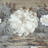 Gray and White Unisex Maternity Sash with Rhinestone Flower Center, With or Without Pearls You Choose! Mommy to Be / Pregnancy Sash / Prop