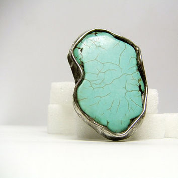 Jewelry by AMW - Statement Ring - Cocktail Ring - Huge Turquoise Howlite Raw Stone Ring