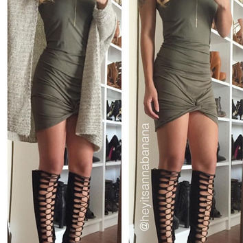 Cute and Knotty Dress (more colors)