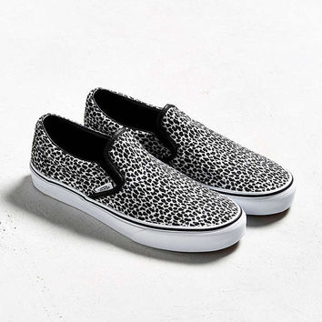 Vans Classic Slip-On Leopard Sneaker | Urban Outfitters