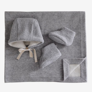MAKIÉ NEWBORN ESSENTIALS GIFT SET