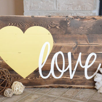 Love Heart Wood Sign - Rustic - Shabby Chic - Home Decor - Wall Hanging