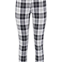 Lydia Check Woven Tapered Trouser | Boohoo
