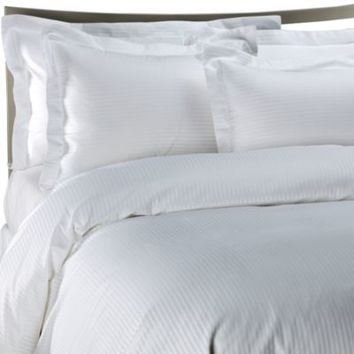 Palais Royale Hotel Collection Duvet Cover in White Stripe