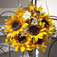 Rustic / Country / Cottage Chic Large Sunflower Silk Bridal Bouquet and Grooms Boutonniere