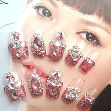 Beautiful pink Japanese CHANEL Himegyaru Shibuya Princess - Enchanting diamond teardrops Fake Nails Set