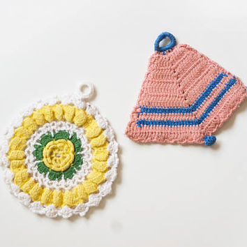 Vintage Handmade Pot Holders Teacup Coasters, Pink Yellow 1940s Crochet Heat Pads, Boho Granny Cottage Chic Wall Hanging