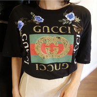 """GUCCI""Fashion loose embroidery roses print short T-shirt black"