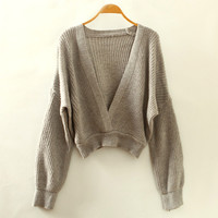 Grey V-Neck Cropped Knitted Sweatshirt