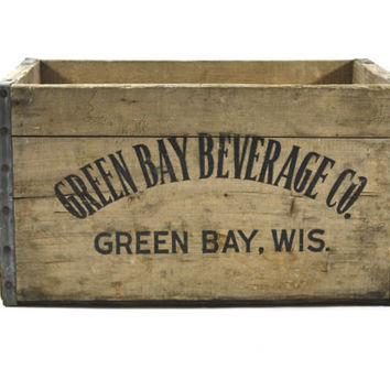 Vintage Wood Pop Crate / Vintage Green Bay Beverage Wood Crate / Industrial Home Decor