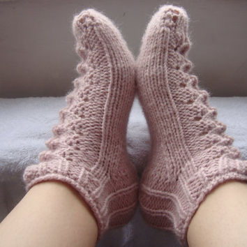 Ready to ship - Hand Knitted DROPS light pink wool short socks /slippers with lace pattern for women or girls, size UK 3-4 or European 35/37