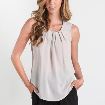 Kerry Pleated Keyhole Front Blouse