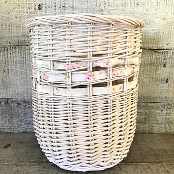 Wastebasket Wicker Trashcan White Wicker Wastebasket Mid Century Decor Vintage Wicker Umbrella Holder White Basket Cottage Chic Decor