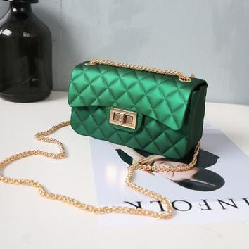 Beautiful chain purse / Green