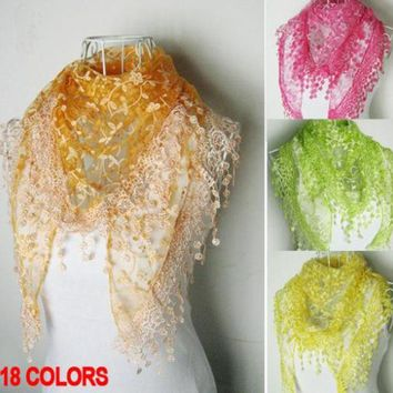 2016 Fashion Pashmina Lace Scarf Women Triangle Echarpes Cachecol Winter Cape Spain Scarves Gifts For Girl