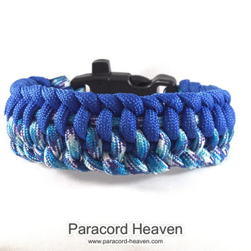 Wave Runner- Paracord Bracelet with Emergency Whistle