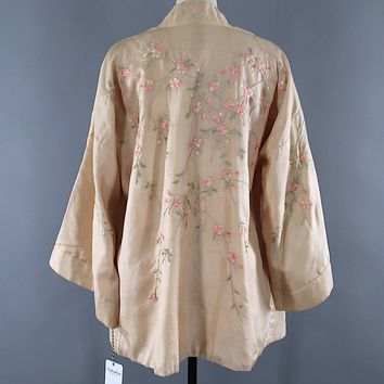 Vintage 1920s Embroidered Silk Kimono Jacket Cardigan / Blush Pink Floral Embroidery