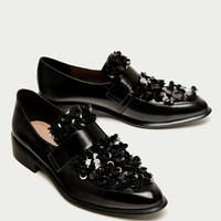 LOAFERS WITH FLORAL DETAILDETAILS